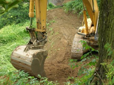 2005 - Das Jahr des Baggers (Siehe: Teichbau!)