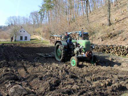 Im Märzen der Bauer ....