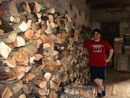 """Holz wird """"in die Hütte"""" gearbeitet"""