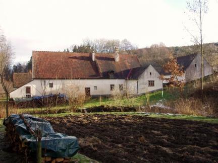 Ansicht Wohnhaus & urspr.Ställe (2011)